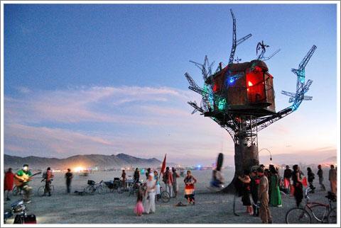 Steampunk Tree House